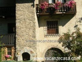 Image per LAST MINUTE appartamento trilocale 4 posti con balcone e giardino